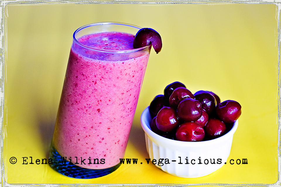 cherry-delight-fruit-smoothie_01